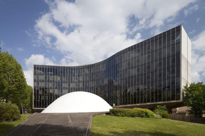Espace Niemeyer, 2 place du Colonel Fabien 75019 Paris