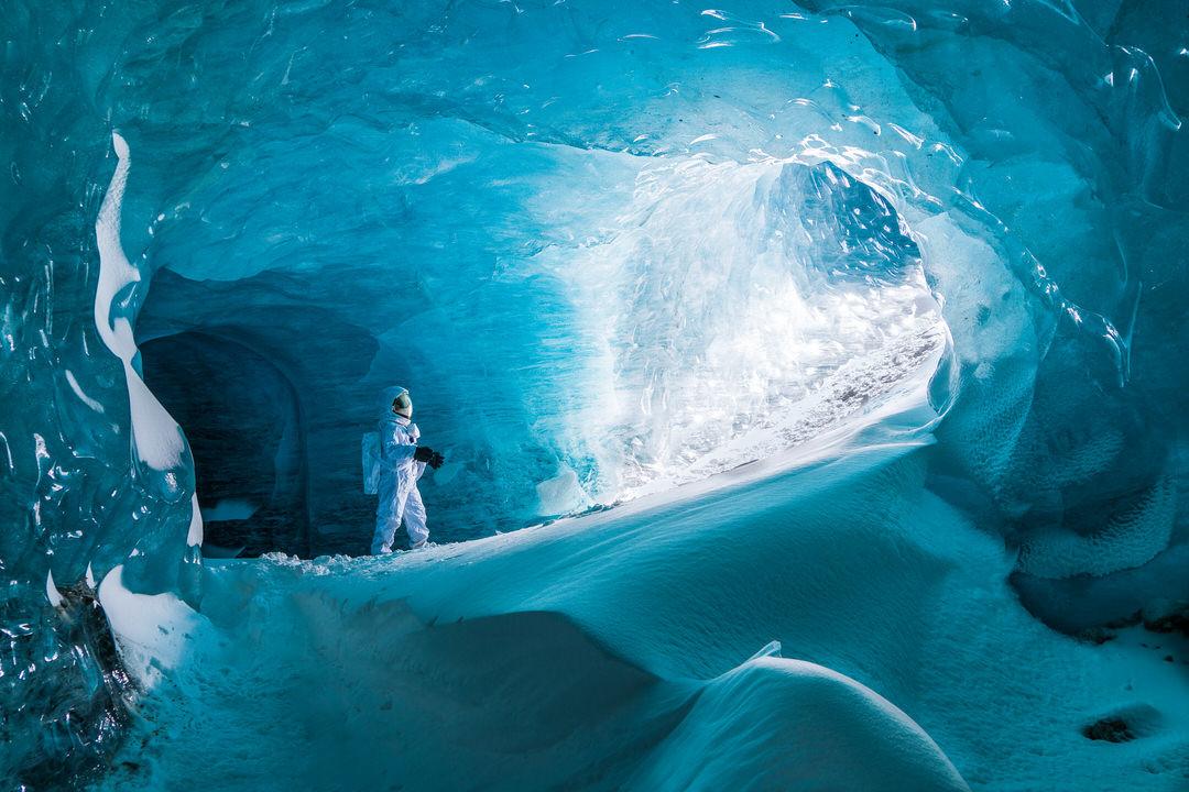 Jeremy De Backer JDB WTE Mer de Glace Cave Blue-1